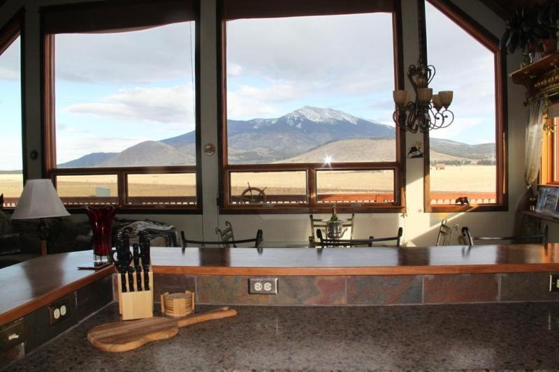 View from the kitchen! - The Mountain Star in Flagstaff/Grand Canyon area - Grand Canyon National Park - rentals