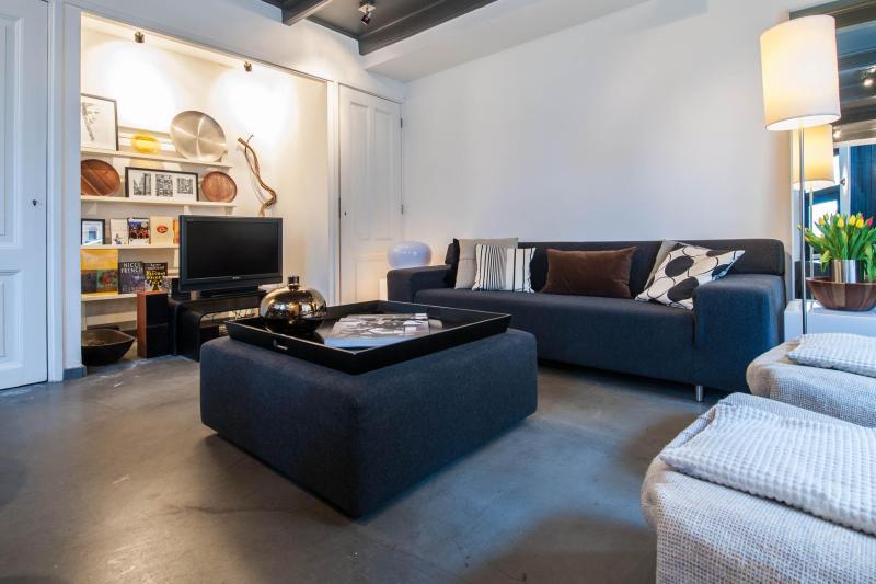 THE Jordaan Apartment - Image 1 - Amsterdam - rentals
