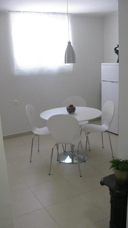 Simplicity in white - Apartment Leeloo - Split - rentals