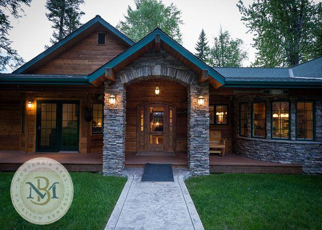 Paradise Found - River Home Luxury!  Beautiful Home on the Swan River just East of Bigfork. - Somers - rentals