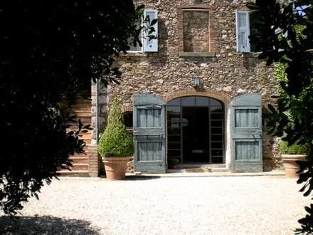Classic Charm in Fabulous 18th Century Designer Villa w Pool on Tuscany Coast - Image 1 - Porto Ercole - rentals