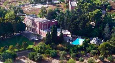 Puglia, Italy, Elegant Historic 18th century Villa with Classic Italian Gardens and Large Pool - Image 1 - Monopoli - rentals