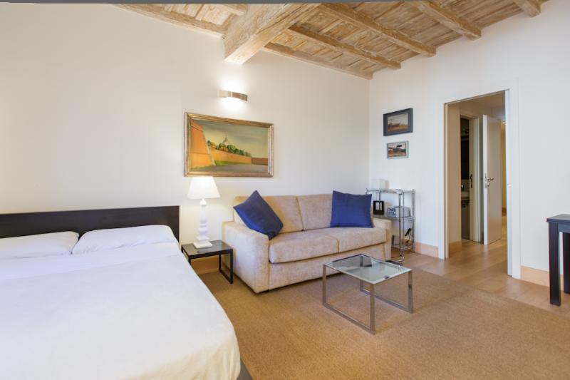 In Rome's Historic Center, Modern Comfort, and Style in a Studio near Piazza Navona; Picola la Fiamm - Image 1 - Rome - rentals