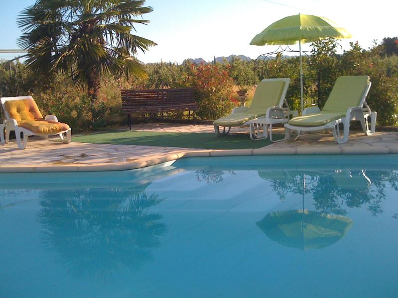 Couleur du Sud, 1 Bedroom Vacation Rental with a Pool and Balcony - Image 1 - Molleges - rentals