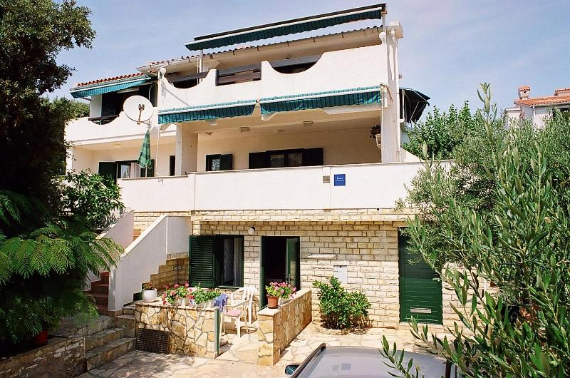 Apartments TeaTom-Kaurloto House - ApartmentsTeaTom-Kaurloto 2+2B - Mandre - rentals
