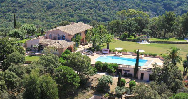 Le Croix County View with pool - La Croix Tropez Holiday Home with a Fireplace, Pool, and Garden - La Croix-Valmer - rentals