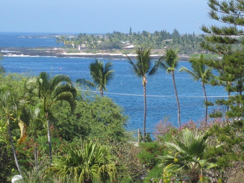 Ocean view from my condo V2 (July 15-Aug 13) - Ocean View Kailua-Kona Hawaii Condo Steps To Ocean - Kailua-Kona - rentals