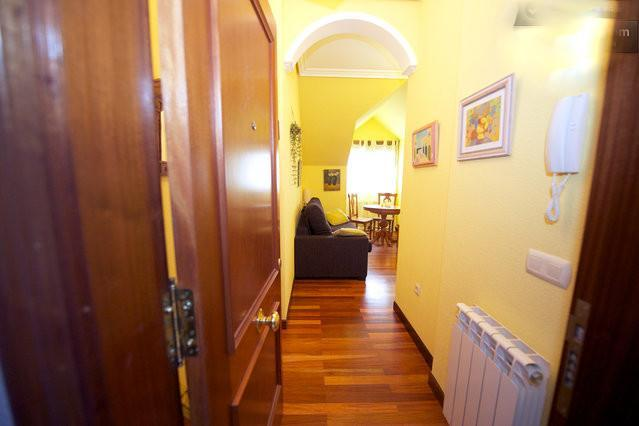Hall - Apartment in Cantabria, good food, beaches, surf - Loredo - rentals