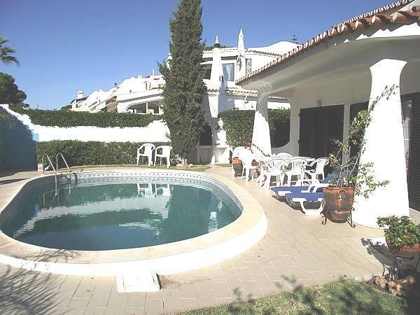 Nice villa at Pinhal Golf,free WiFi & Air Conditi - Image 1 - Vilamoura - rentals