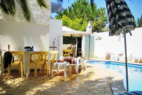 Pretty 3bdr villa w/ biliard table,1Km beach - Image 1 - Quarteira - rentals