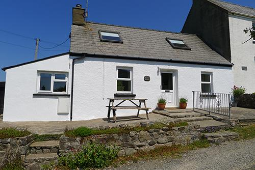 Holiday Cottage - Bwthyn Beatties, Newgale - Image 1 - Newgale - rentals