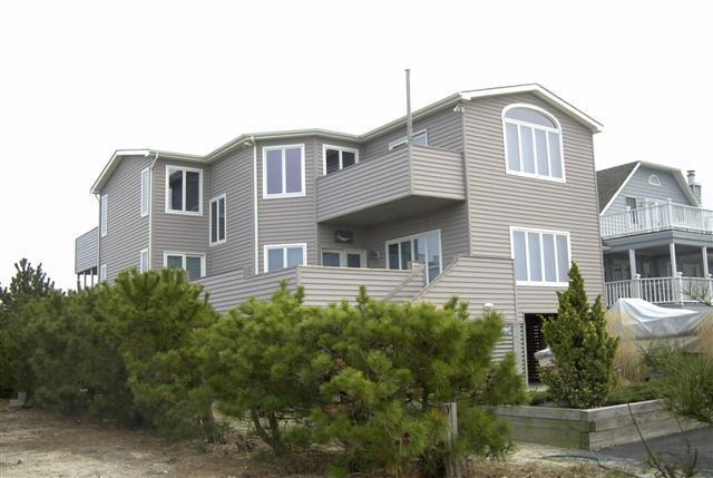 Street view of house - Walk to Beach, Unobstructed Bay View, Private spot - Fenwick Island - rentals
