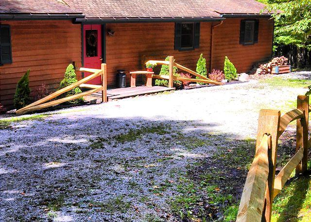 Private pet-friendly property for an affordable mountain getaway! - Image 1 - Davis - rentals