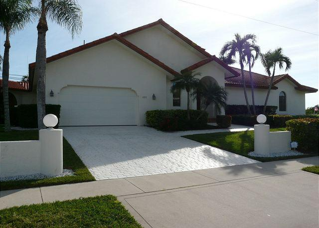 695 Emabassy Court - Unique waterfront house w/ heated pool, hot tub & separate guesthouse - Marco Island - rentals