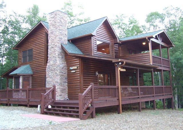 Front Side of Cabin - BEAUTIFUL VIEWS OF BRASSTOWN BALD - Blairsville - rentals