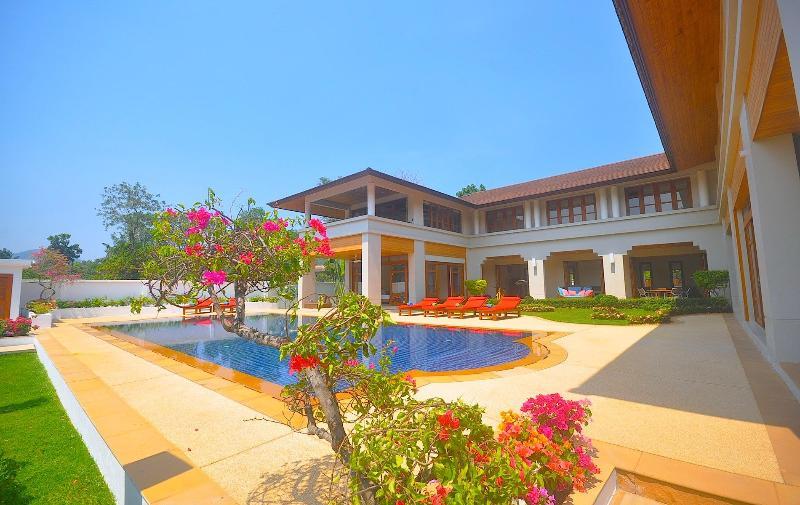 Loch Palm Villa near Patong Beach - Image 1 - Kathu - rentals