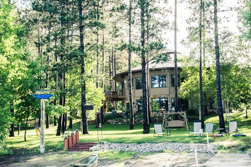 Lake Iodge Rental - WATERS EDGE LAKE RENTAL GROUPS 6-12 - Squaw Lake - rentals