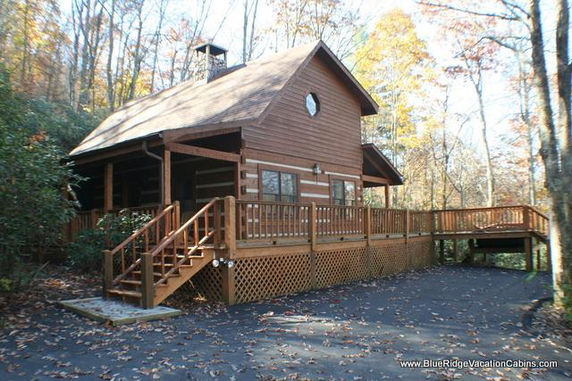 Cozy Private Log Cabin Near ASU*HotTub*Fireplace - Image 1 - Valle Crucis - rentals