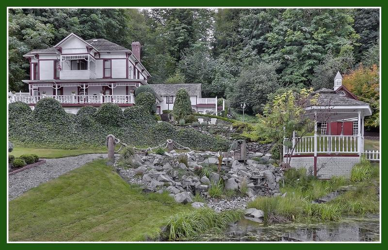 OVERLOOKING THE GAZEBO AND THE WATERFALL - THE OLDE GLENCOVE HOTEL** A VACATION RENTAL PLACE - Gig Harbor - rentals