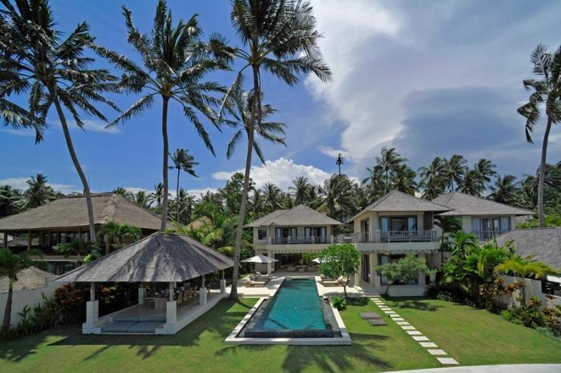 Cempaka Beach Villa - 4 Bedroom in Candidasa,Bali - Image 1 - Candidasa - rentals