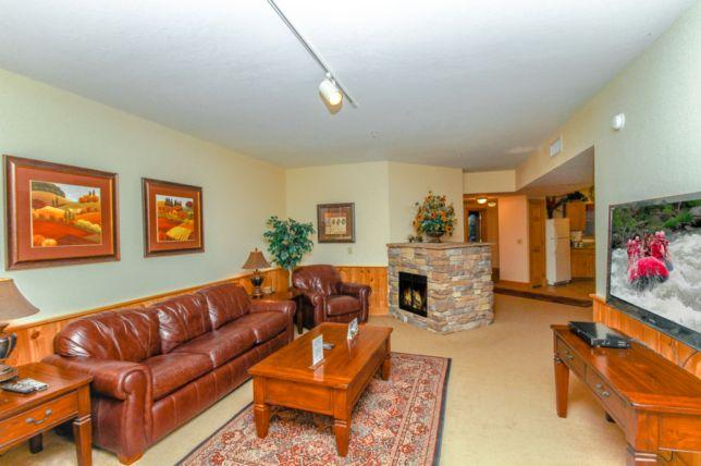 3104-hillcrest-HR-final--3 - Golfview Resort - 3104 A Beary Good Time - Pigeon Forge - rentals