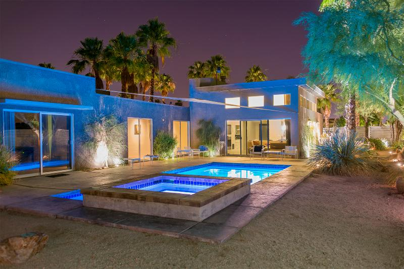 Pool and Spa at night featuring color-changing LED lighting. - The Whant Collection - Mountain View, Modern Home Retreat in Palm Springs - Palm Springs - rentals