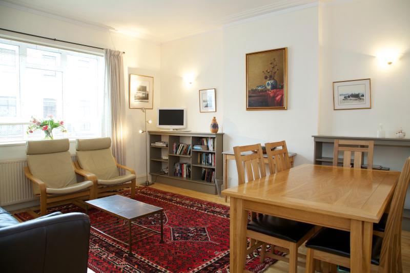 Sitting Room - Lindsay House, South Kensington, SW7. - London - rentals