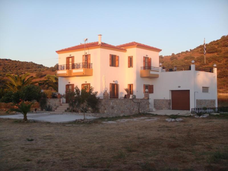 the villa - Beautiful Greek Villa - Lesbos - Eresos - Antissa - Lesbos - rentals