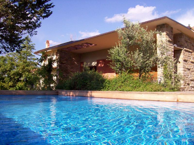 Villa in Tuscany with private pool and air cond. - Image 1 - Pergine Valdarno - rentals