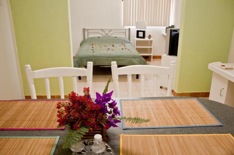 Estudio - I GOOD LOCATION AND PRICE, NICE, CLEAN AND COMFORTABLE. - Baja California Sur - rentals