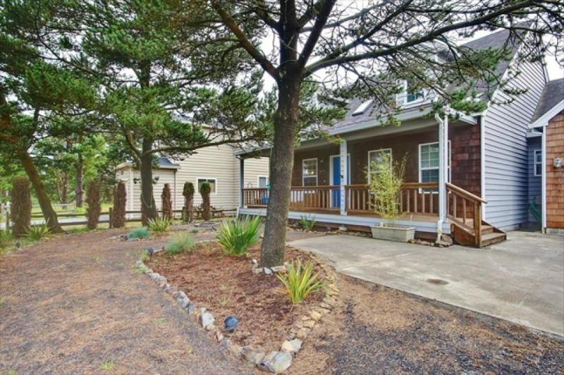 Sit under the sun on the patio or warm by the fire at this eclectic home! - Image 1 - Pacific City - rentals