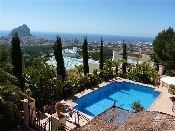 4 bedroom Villa in Calpe, Costa Blanca, Spain : ref 2100517 - Image 1 - Calpe - rentals