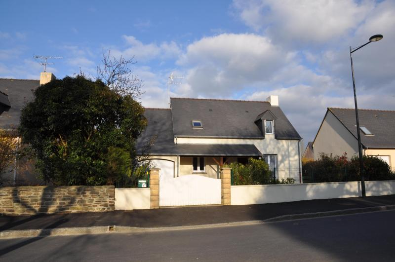 Holiday House Rental in Dinard - Image 1 - Clements - rentals