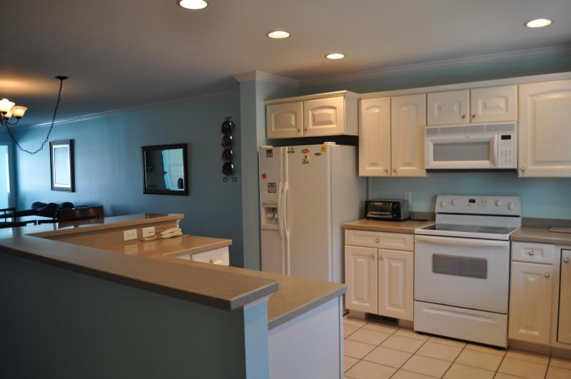 Kitchen and Entry Way - April to May 22 SPECIAL RATE  $75  per night WOW - Ocean City - rentals