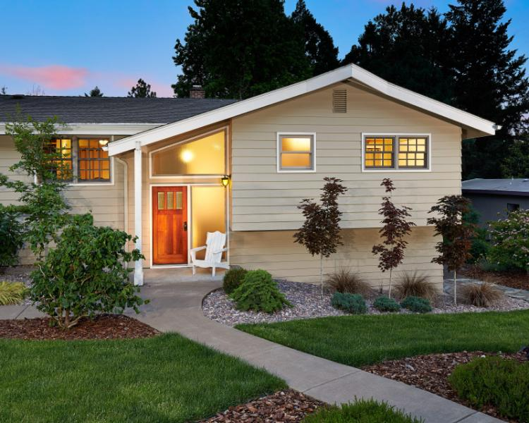 Fernwood Circle Guest House - Front View - Fernwood Circle Guest House - Corvallis - rentals