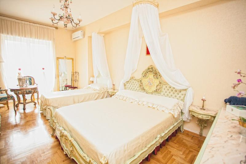 Golden Venice Room in Rome - B&B Golden Angel Rome - Rome - rentals