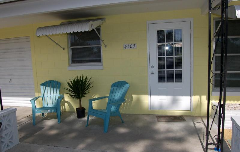 Charming Cottage - Two bedroom Cottage in The Manatee Pocket - Florida - rentals