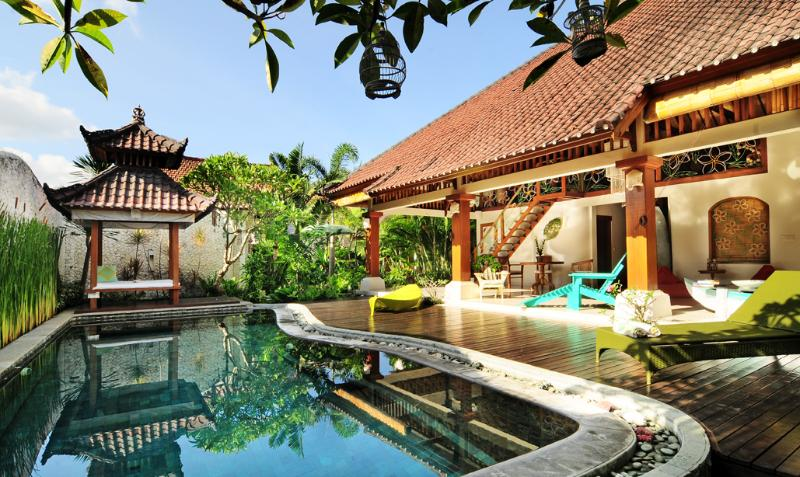 Free form private swimming pool. - Beautiful 3 bedroom villa in Legian, close beach - Seminyak - rentals