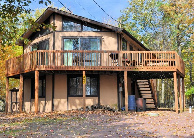 805 Skye Drive~Lake Harmony Estates~Sleeps 9+ - Image 1 - Lake Harmony - rentals