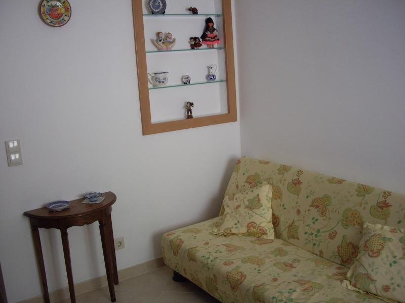2 bedroom Apart nearby Lisbon and beaches - Image 1 - Almada - rentals