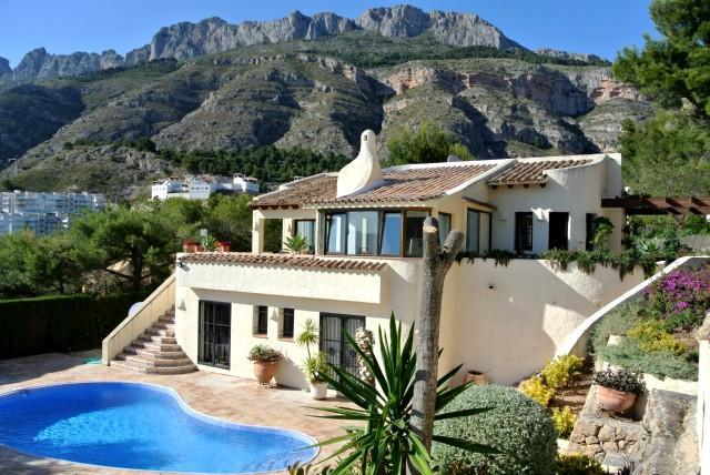 Rent a House Spain, Costa Blanca, Altea La Vella, pool golf sea beach dishwasher Dutch satellite TV - Villa 8 pers. Altea (La Vella) private pool, BBQ, - Altea la Vella - rentals