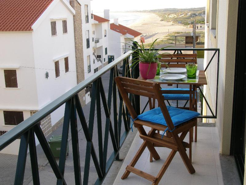 Peniche - Holiday Apartment for 4 persons - Image 1 - Peniche - rentals