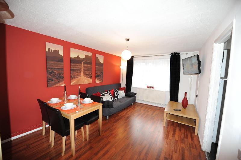 Spacious Apartment Zone 1 Spitalfield Aldgate Mg - Image 1 - London - rentals