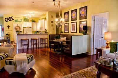 Designer Touches - Luxury Condo - Featured in Delaware Today Magazine - Lewes - rentals