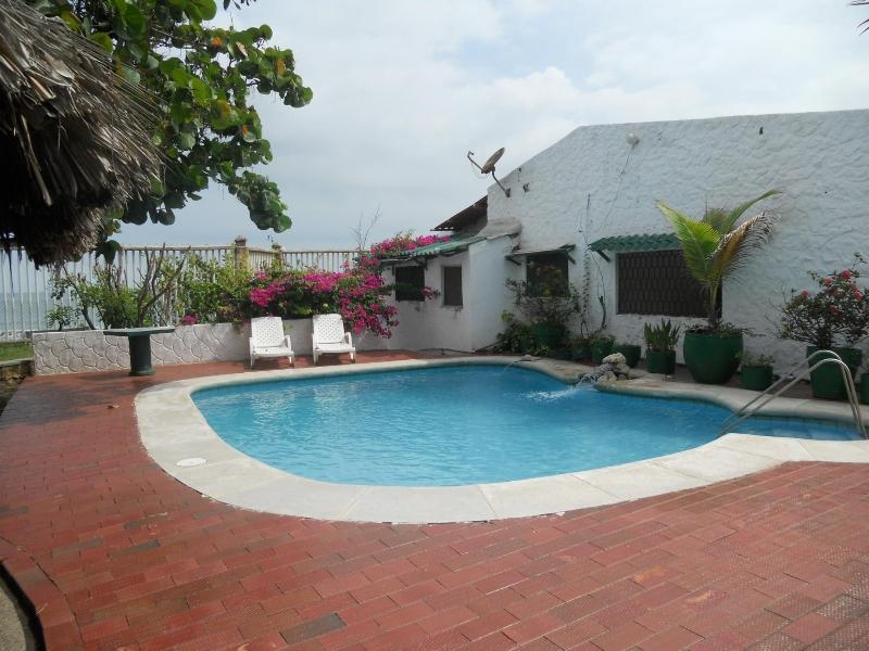 pool and house - CORNER OF PARADISE  Beachfront   Villa - Cartagena - rentals