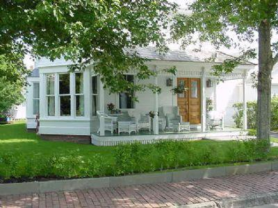 #71 modern luxuries while preserving grandeurs of yesteryear - Image 1 - Edgartown - rentals