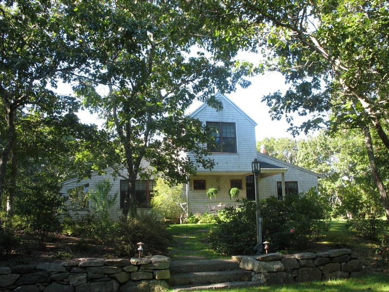 #100026 Stunning garden surrounds a spacious home - Image 1 - West Tisbury - rentals
