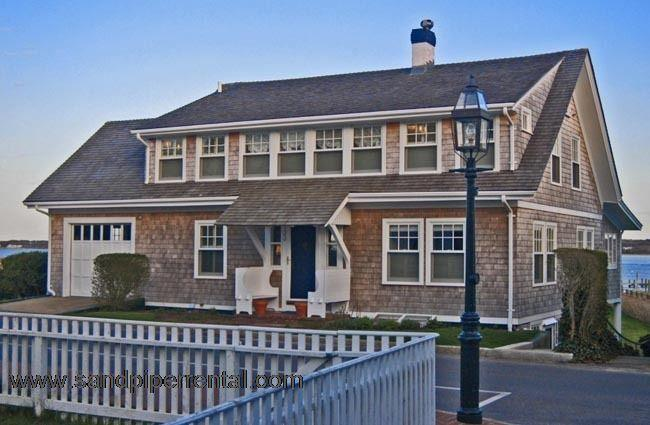 #19 Overlooking the Edgartown Lighthouse & has its own dock - Image 1 - Edgartown - rentals