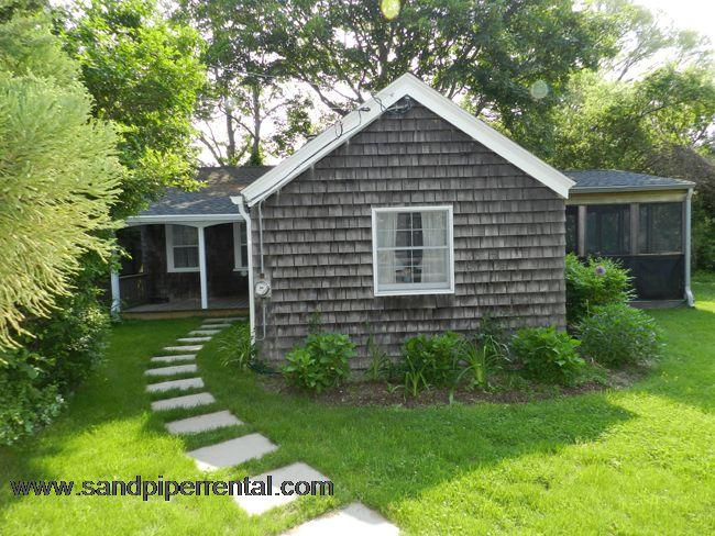 203 - Affordable Downtown Edgartown, 2 Bedrooms - Image 1 - Edgartown - rentals