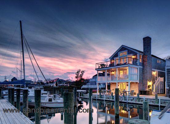 #286 Waterfront Complex Overlooking Edgartown Harbor - Image 1 - Edgartown - rentals